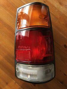 HONDA PASSPORT 1994-97 Isuzu Rodeo 91-97 TAIL LIGHT RH PASSENGER  black trim OEM