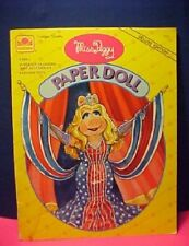 """Golden Books """"Miss Piggy"""" Paper Doll. Deluxe Edition features 1 Doll"""