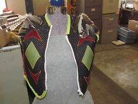 NATIVE AMERICAN VEST EYE CATCHING  DESIGN WITH FEATHERS ZIP OPENING NICE QUALITY