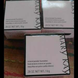 Mary Kay Mineral Powder Foundation Ivory and Beige