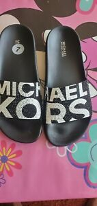MICHAEL KORS GILMORE ICONIC MK LOGO BLACK WHITE CRYSTAL SLIDES US 7.