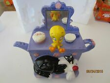 Sylvester and Tweety Teapot Warner Brothers   New