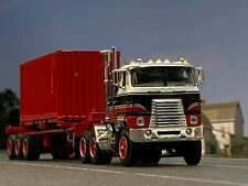 1/64 DCP INTERNATIONAL TRANSTAR W/ TRI AXLE TRAILER WITH CONTAINER