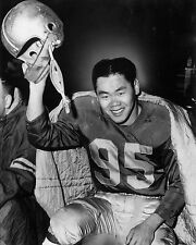 Normie Kwong - Edmonton Eskimo Hall of Fame Legend, 8x10 B&W Photo
