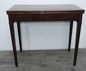 elegante tavolino da gioco Direttorio 1840 in mogano