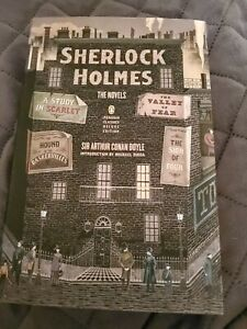 Sherlock Holmes: The Novels: (Penguin Classics Deluxe Edition) - VERY GOOD