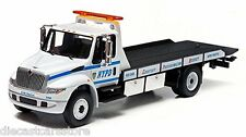 GREENLIGHT NYPD 2013 INTERNATIONAL DURASTAR 4400 FLATBED 1:64 NEW YORK POLICE