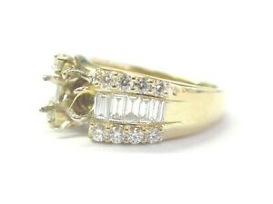 Round & Baguette Diamond Semi Mount Ring 18Kt Yellow Gold 1.00Ct ( .70Ct-.85Ct)