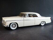 Maisto 1956 Chrysler 300 B 1:18 Scale Diecast Model 300B Car White
