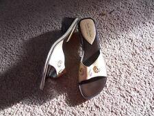 Women's Hush Puppies Soft Style Beige Sandals Slides Heels Shoes 6.5 6 1/2 lkn