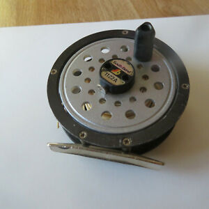 """FLY REEL  SOUTH BEND 1122A   3 1/4"""" DIAMETER  WITH WHITE LINE"""
