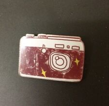 Retro Vintage DSLR Camera LOMO Photography Kitsch Quirky Funky Pin Brooch