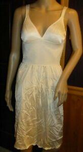 Olga Invisible Touch BodySilk Full Slip 393 Sleep Gown Size 34B Beige