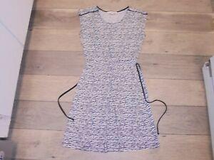 Ann Taylor LOFT stylish black and white animal print dress with tie belt XS