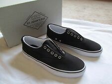 NWT MEN'S ST. JOHN'S BAY BLACK & WHITE  CANVAS SLIP-ON DECK SHOES, size 7 M