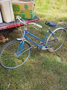 Vintage Western Flyer blue Grand Bicycle fairway flyer Tires
