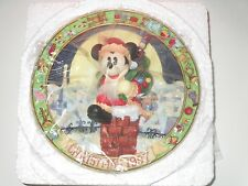 """Enesco Christmas 1997 """"Mickey in Chimney"""" 3D Plate #279919 NEW"""