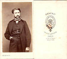 CDV Carjat, Paris, Homme en pose, circa 1865 Vintage CDV albumen carte de visite