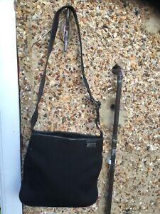 Genuine Vintage Gucci shoulder bag ( damaged strap)
