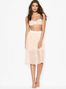 NWT Victoria's Secret Tulle & Floral Lace Skirt Lingerie $88 size XS (E-357)