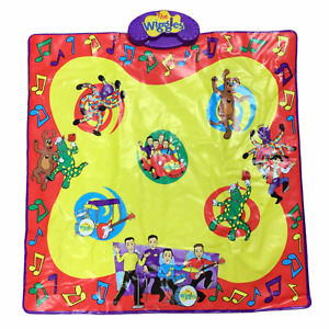 """The Wiggles Wigglin' Jigglin' Dance Mat Musical Play-Mat 12x16"""" Ages 2 and Up"""