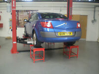 Eurotek Quick Track 4 Wheel Aligner With 2 Post lift And Tables