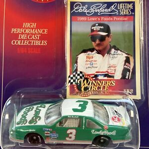 Dale Earnhardt #3 Lowes Foods 1989 NASCAR Winners Circle 1:64 Scale Diecast Car