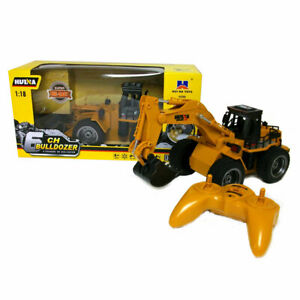 Remote Control Digger / Dumper 1:18 Die Cast Construction Vehicle Gift Boxed