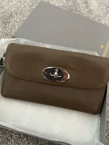 Beautiful Authentic Mulberry Taupe Brown Leather Postmans Long Lock Purse & Box