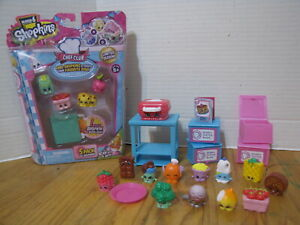 SHOPKINS-2 Sets- Season 6 CHEF CLUB Pack of 5 and HOT WAFFLE Collection
