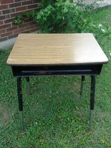 Vintage Wooden Metal Industrial Mid Century School Student HomeSchool Desk *WoW*