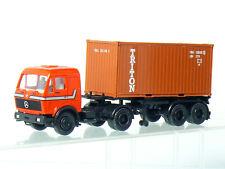 Herpa MB  Mercedes Container Sattlelzug mit TRITON  Container