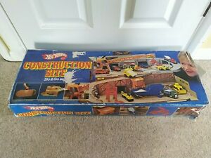 Vintage Hot Wheels Sto & Go Construction Site Play Set (1979) Boxed
