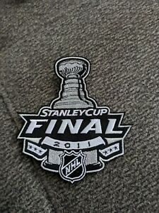 2011 Stanley Cup Finals Patch - Bruins vs Canucks
