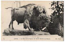 CPA 53 - LAVAL (Mayenne) 37. Le Bison et le Jaguar, de Gardet (entrée du Musée)