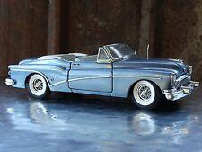 Danbury Mint 1953 Buick Skylark Convertible 1:24 Scale Die Cast Blue Model Car