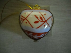 PUFFED PORCELAIN HEART BY VALERIE CHRISTMAS ORNAMENT/TRINKET BOX WITH 'LAUGHTER'