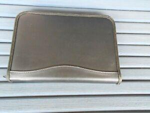 Collectible pocket Knife Storage Case Black Holds 16 Knives