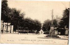 CPA Varennes sur Allier-Avenue de l'Hótel de Ville (262831)