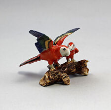 Miniatur Porzellan Figur Rote Ara-Gruppe  auf Ast 9982023
