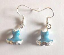 Boucles d'oreilles argentées robe bleue 18x12 mm