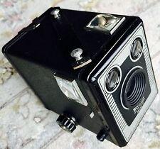 """1940s/50s"""" """"Brownie Six-20 Modelo C Kodak Caja cámara y película En Excelente Estado"""