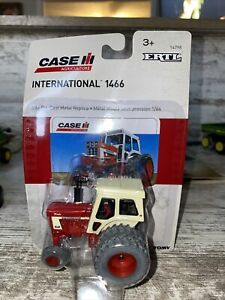 1/64th Scale International Harvester 1466 Tractor Cab Duals Die-cast Ertl