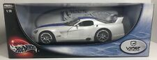 HOT WHEELS 100% DODGE VIPER GTSR WHITE 1:18 SCALE DIE CAST! FREE SHIPPING
