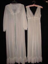 Vintage White Vanity Fair Night Gown And Robe ~ Peignoir Set size 32 Small