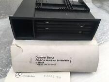b67810052 a1686800614 Originale Mercedes Benz W168 porta CD + porta-occhiali
