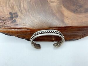 Vintage Native American Twisted Solid Sterling Silver Cuff Bracelet 30.9g #y48