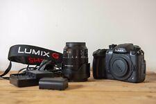 Panasonic Lumix DC-GH5 Body, Lens, 2 Batteries, Strap, Charger