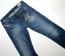 DIESEL  LARKEE  REGULAR STRAIGHT wash 0853U  Stretch  Jeans  W 30  L 32 L 34 NEU