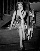 "AMANDA BLAKE ""MISS KITTY"" IN CBS SHOW ""GUNSMOKE"" - 8X10 PUBLICITY PHOTO (MW524)"